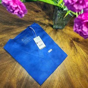BNWT Figs Limited Edition One pocket scrub Top